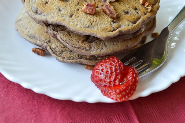 Vegan Strawberry Pecan Pancakes
