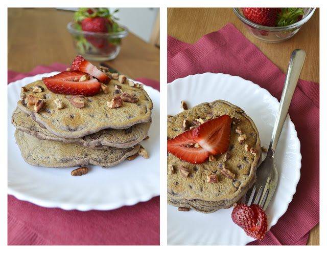 Vegan Strawberry Pecan Pancakes