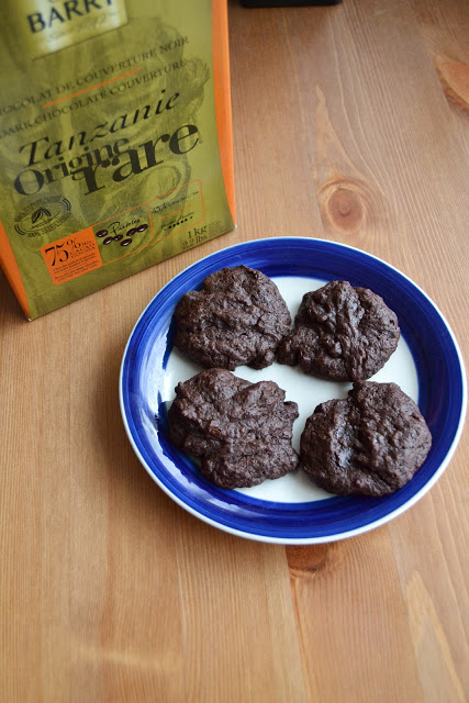 Dark Chocolate Couverture Brownie Cookies