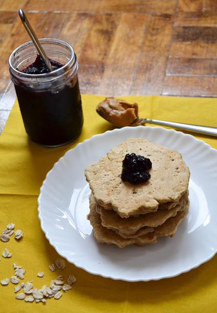 Crunchy Peanut Butter Oatmeal Pancakes