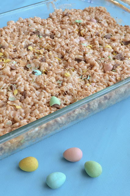 Mini Eggs Rice Krispies Treats