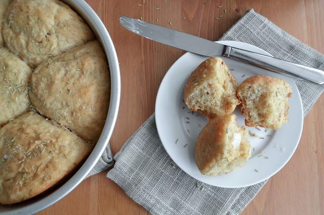 Salted Rosemary Dinner Buns