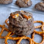 chocolatepretzelcookies-2