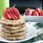 strawberrychocolatechipoatmealpancakes-3