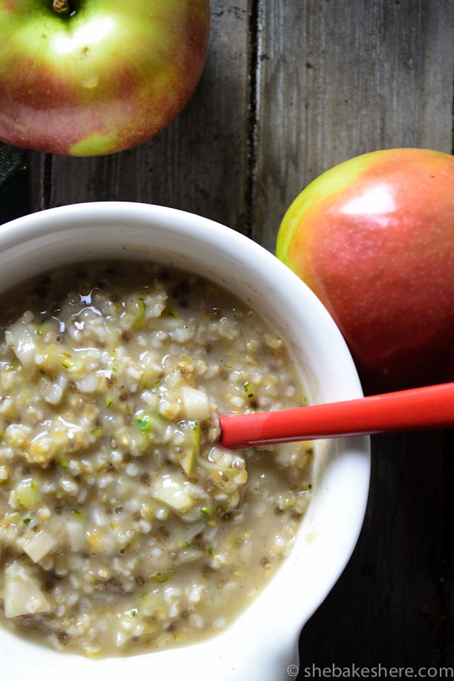 Hearty Apple and Zucchini Steel Cut Oats