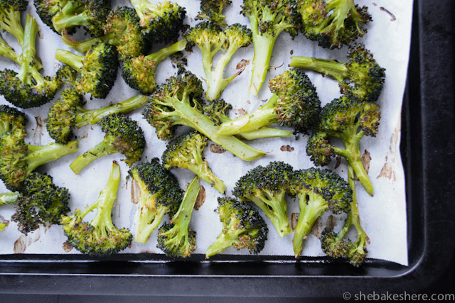 Easy Roasted Broccoli with Garlic and Oregano