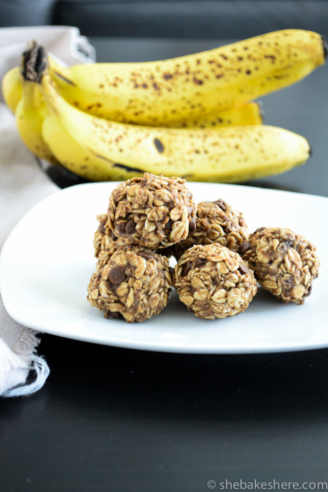 Lactation Friendly Banana Bread Energy Bites